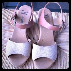 Clark's comfort tan wedge sandals